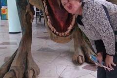 Дрессирока-динозавра