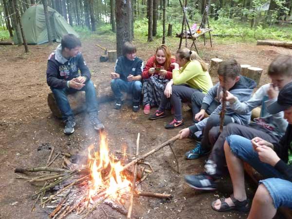 Условия проживания в лагере лидер