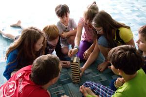 Игротека: игра строим башню